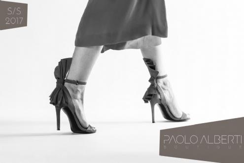 Sandali Kendal e Kylie Jenner  lo stile delle sorelle Jenner ai tuoi piedi! 88437176d12